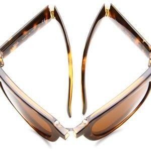 NEW* Ray-Ban Wayfarer Folding Sunglasses, NIB!
